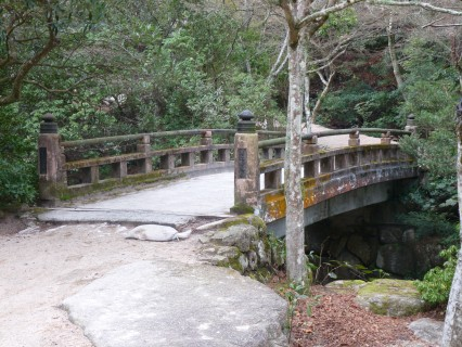 Alluring old bridge